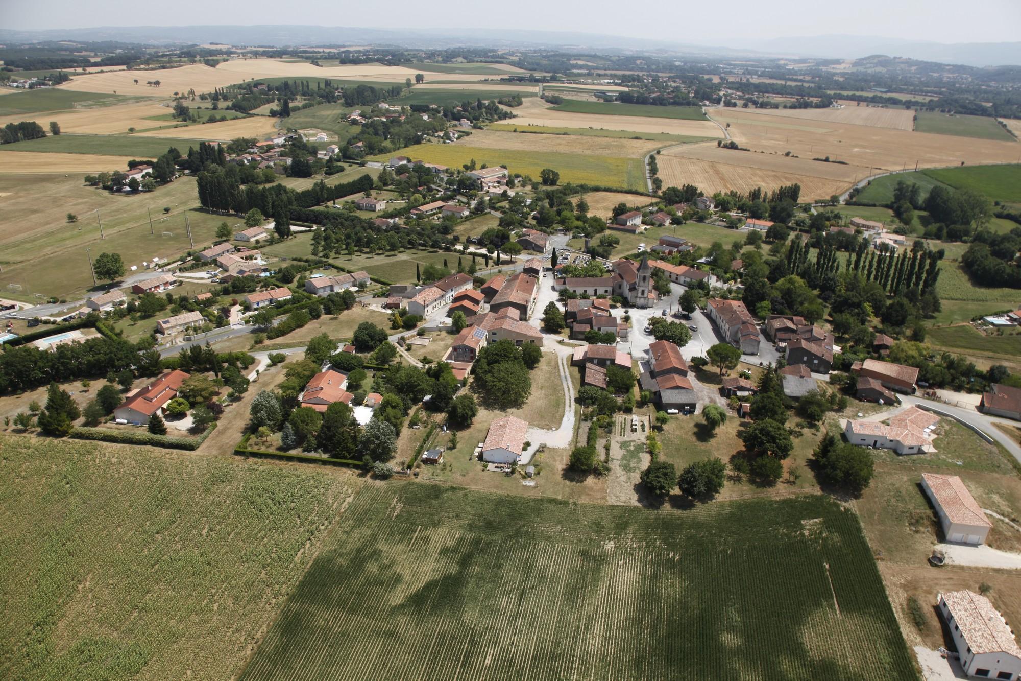 Fréjeville - Village - Vue panoramique 4.jpg