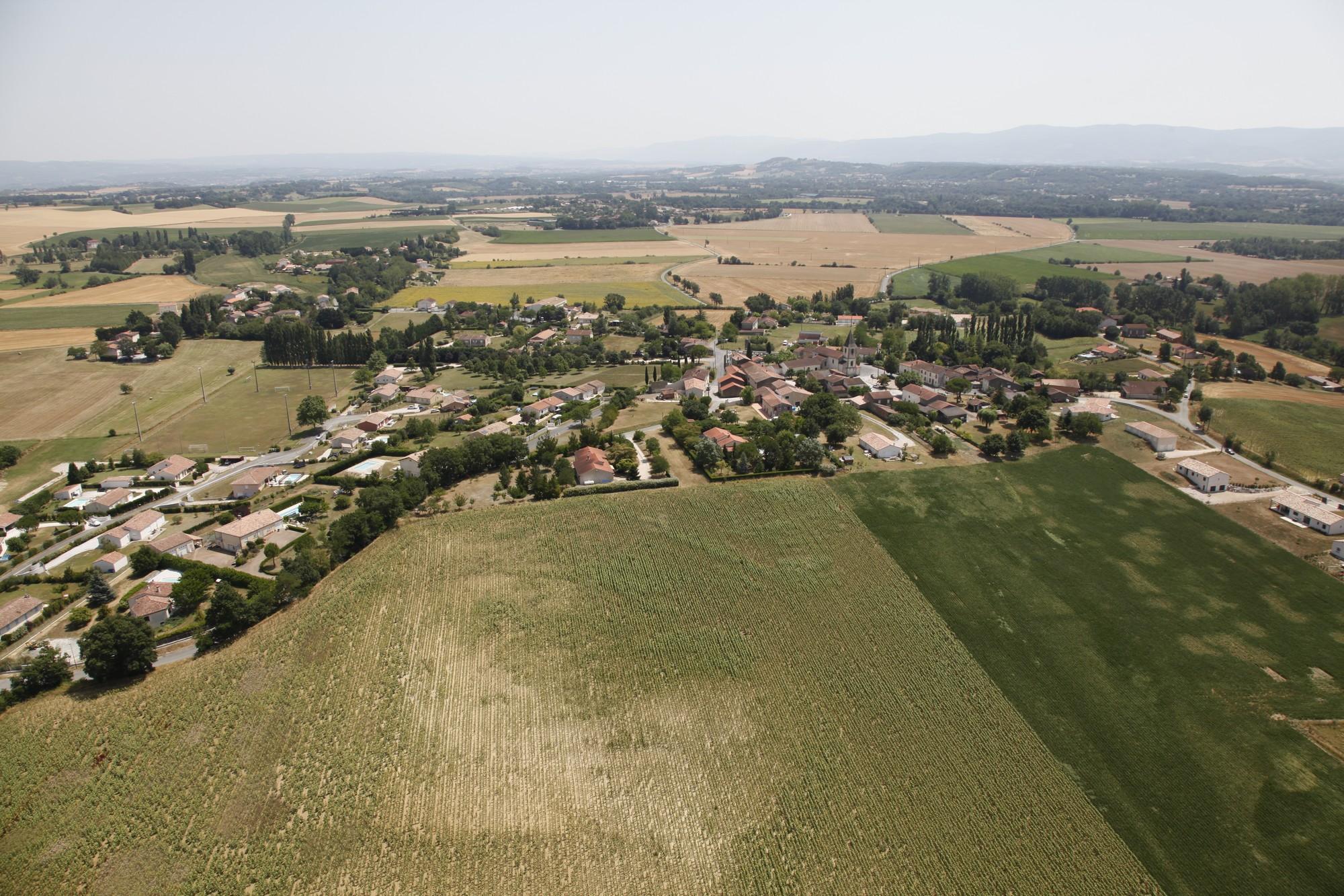 Fréjeville - Village - Vue panoramique 3.jpg