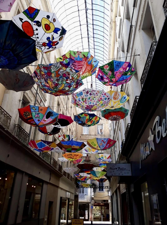 Parapluies_Carpentras_Evelyne GOUTTE