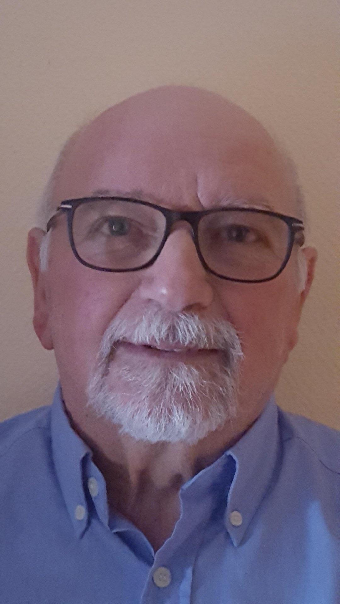José GUTTIERREZ