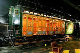 train 1.jpeg