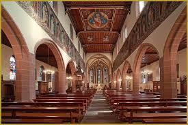 intérieur église.jpeg
