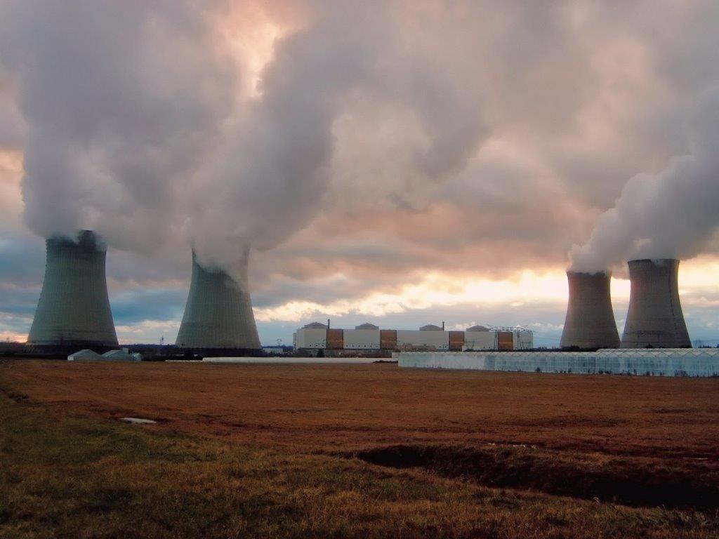 centrales nucléaires.jpg