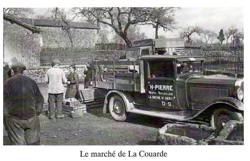 Le marché de La Couarde, oeufs volailles.jpg