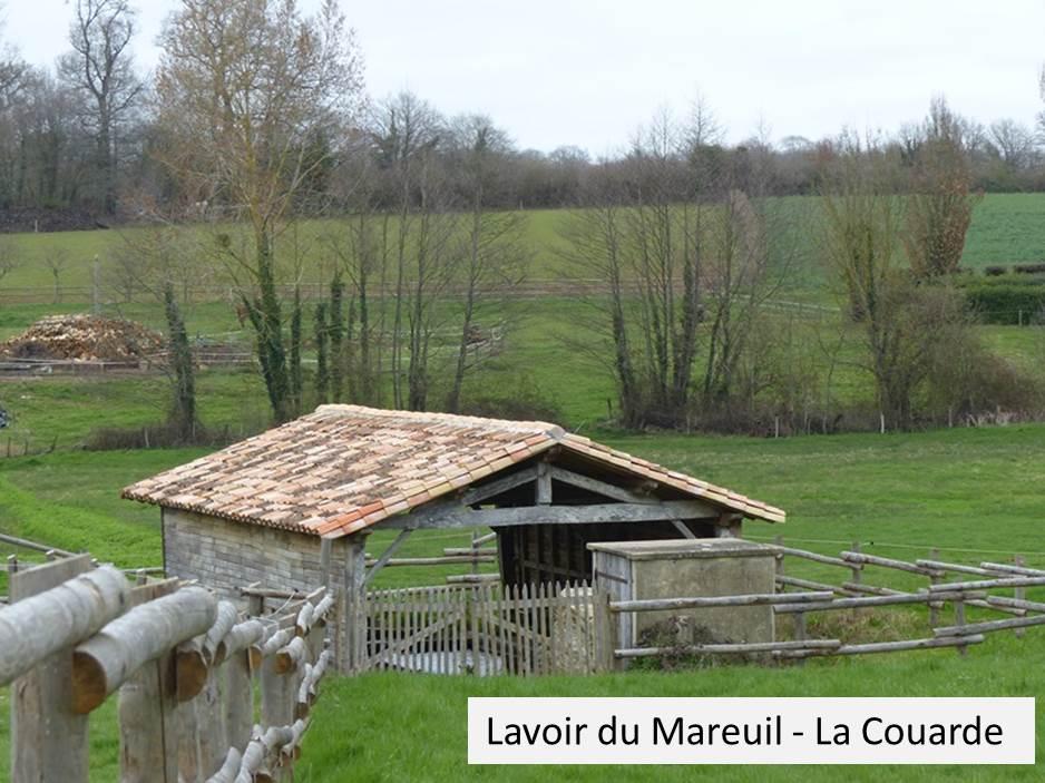 Lavoir du Mareuil.jpg