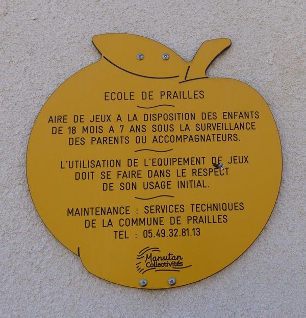 Ecole de Prailles 08.JPG