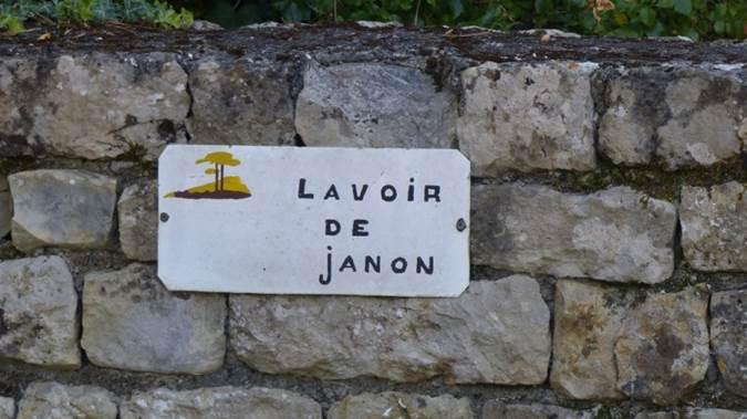 Lavoir de Janon 1.jpg