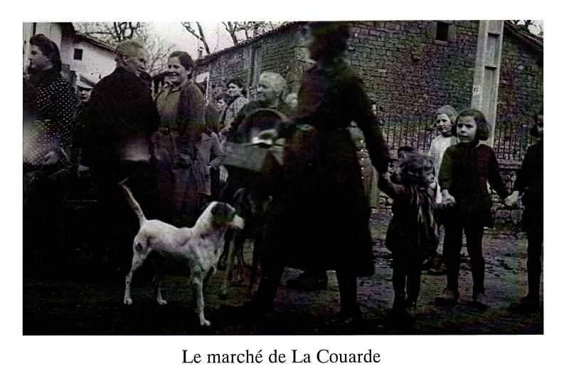 Le marché de La Couarde, les habitants.jpg
