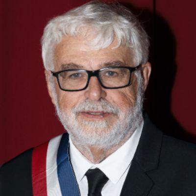 Maire Doussat