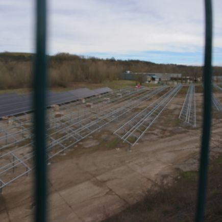 L'aménagement des panneaux photovolatïques au Plateau de Pouls