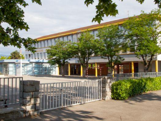 Travaux à l'école Joliot Curie