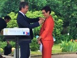 Verrerie d'Art : Marie-Alice Alary, Chevalier de l'Ordre National du Mérite