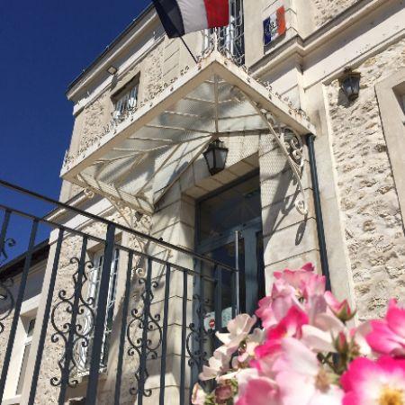 Bienvenue fleurs mairie.jpg