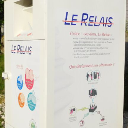 Le_Relais_container_in_France.jpg