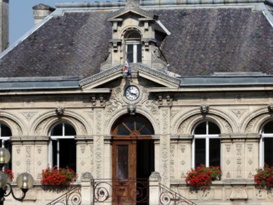 mairie_bruyeres.jpg